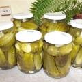 Як приготувати огірки мариновані хрусткі?