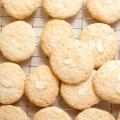 Як приготувати печиво мигдальне: рецепти, фото. Рецепт мигдалевого печива Юлії Висоцької