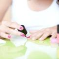 Чи можна вагітним фарбувати нігті: лаком, гель-лаком, шелаком, розумною емаллю, биогелем?