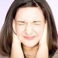 Основні причини дзвону у вусі