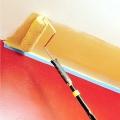 Фарбування стелі водоемульсійною фарбою: технологія