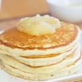 Пишні дріжджові оладки: рецепт приготування. Як приготувати дріжджові оладки на кефірі, на воді або на молоці?