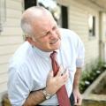 Різкі болі в грудях? Головне - дотримуйтесь спокій!