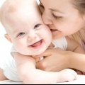 День матері: сценарій святкування в дитячому садку, школі або вдома
