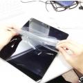 Як наклеїти плівку на планшет: поради та рекомендації