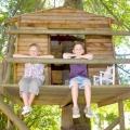 Як побудувати будинок на дереві для дітей своїми руками