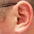 Як правильно чистити вуха? Чищення вух: як часто і які правила