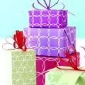 Як упакувати подарунок у подарунковий папір красиво?
