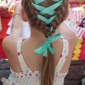 Як вплітати стрічку в косу. Покроковий опис та поради