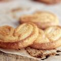 """Рецепт печива з листкового тіста. Як приготувати печиво """"вушка"""" з листкового тіста?"""