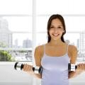 Вправи для грудних м'язів для жінок в домашніх умовах і в тренажерному залі