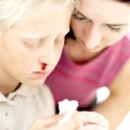 Часто турбує вранці кров з носа. Небезпечно це?