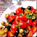 Готуємо салат з помідорами чері