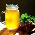 Квас з березового соку: корисні властивості і способи приготування напою