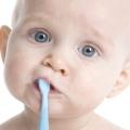 Перший зуб у дитини - свято для всіх!