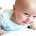 Здрастуй, світ! Що повинен уміти дитина в 2 місяці