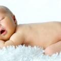 Здоровий і повноцінний сон: скільки повинні спати новонароджені?