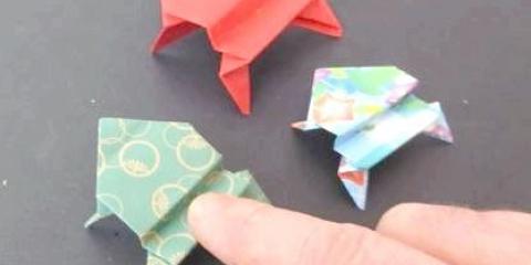 Як зробити жабу з паперу якісно?